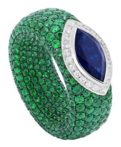 052709e85804ae4cc0174d840f728667--emerald-diamond-sapphire-rings