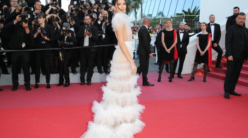 Kendall-Jenner-White-Sheer-Gown-Cannes-2018 (1)